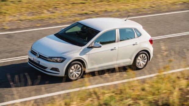2018 Volkswagen Golf Review 70TSI Pure White Side Profile