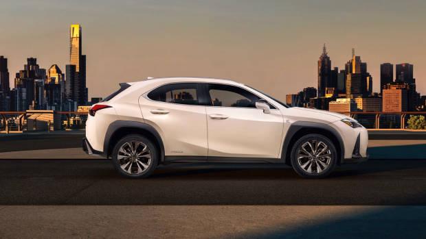 2019 Lexus UX white side