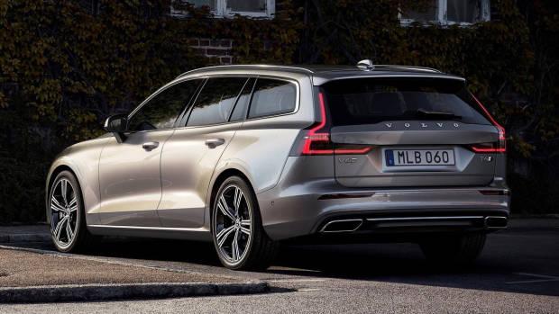 2019 Volvo V60 T6 beige rear