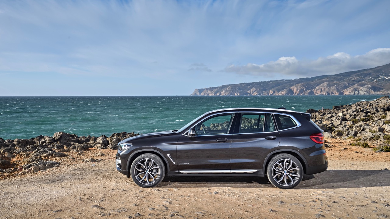 2018 BMW X3 Review Sophisto Grey Profile
