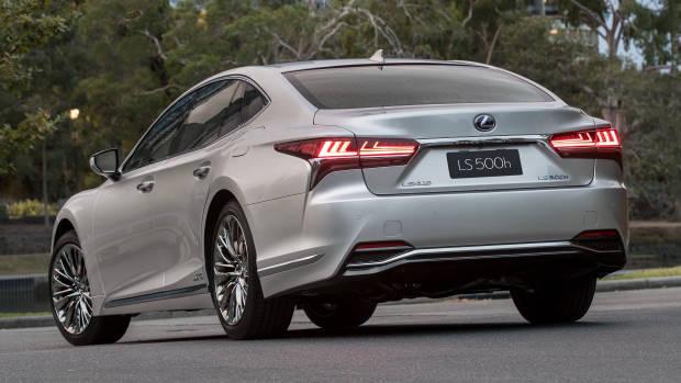 2018 Lexus LS silver rear 3/4