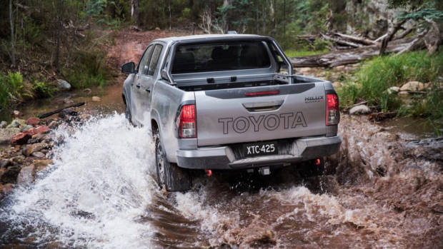 2018 Toyota HiLux Rugged X Review Off Road
