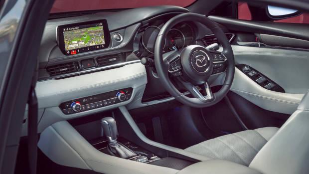 2018 Mazda 6 Atenza dashboard