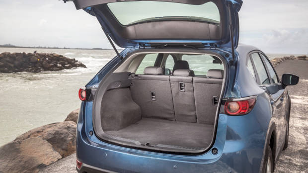 2018 Mazda CX-5 Touring review boot
