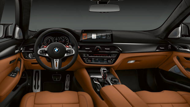 2019 BMW M5 Competition dashboard