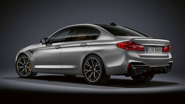 2019 BMW M5 Competition grey rear 3/4