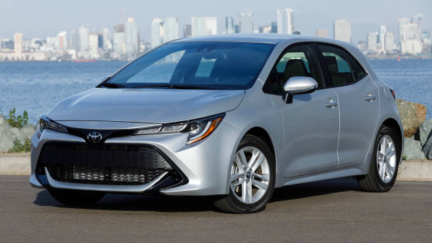 2019 Toyota Corolla silver front