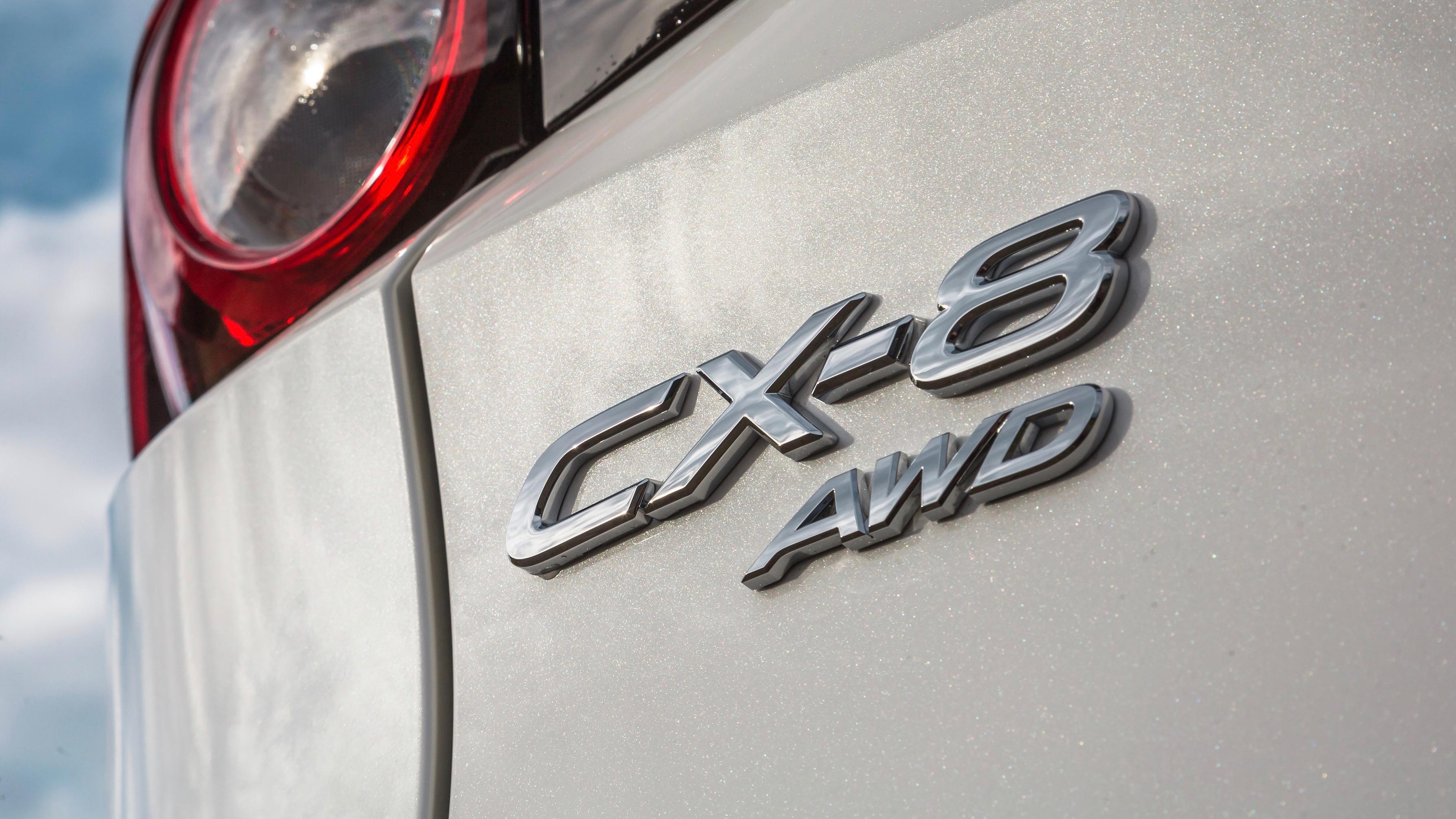 2018 Mazda CX-8 Asaki badge