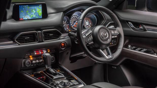 2018 Mazda CX-8 Asaki dashboard