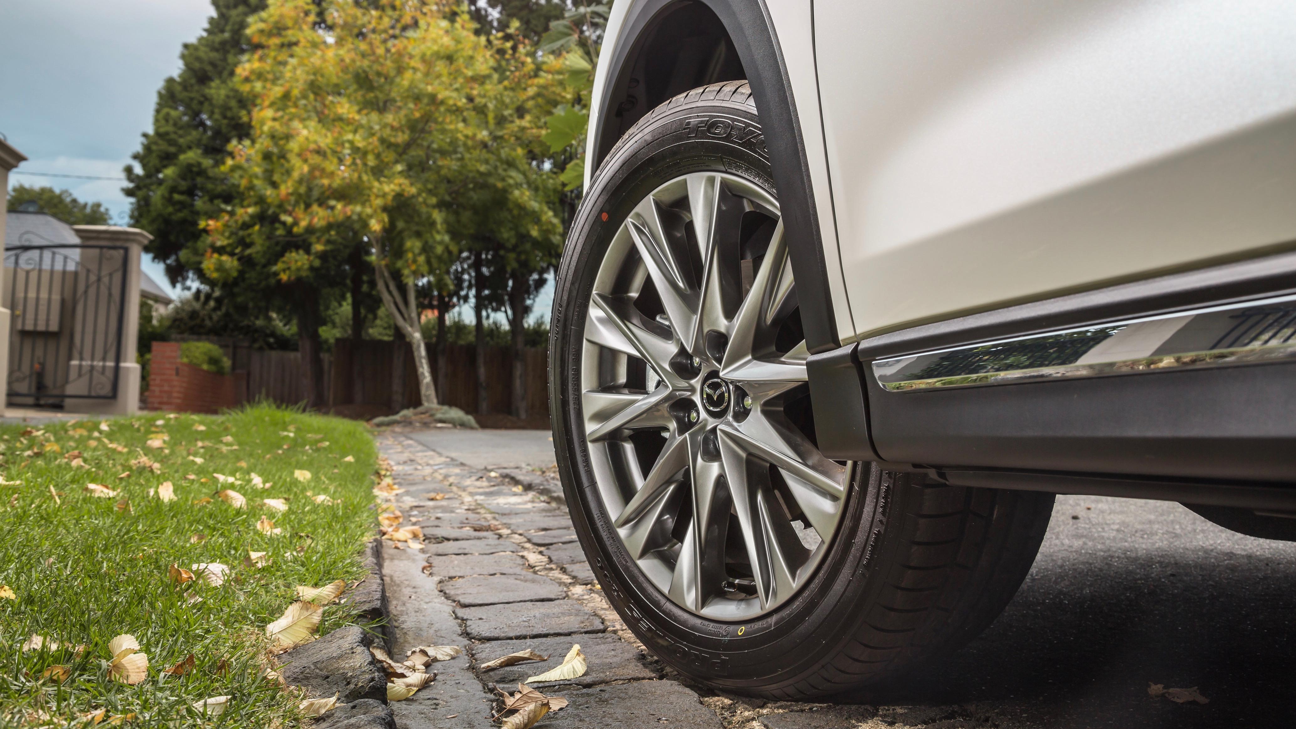 2018 Mazda CX-8 Asaki wheel