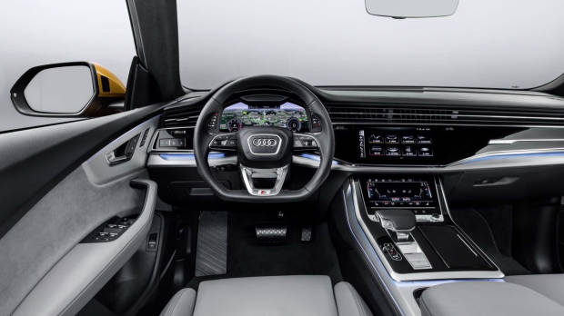 2019 Audi Q8 dashboard