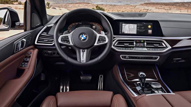 2019 BMW X5 M Sport dashboard