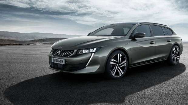 2019 Peugeot 508 Touring front 3/4