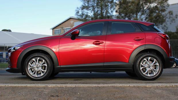 2018 Mazda CX-3 side close
