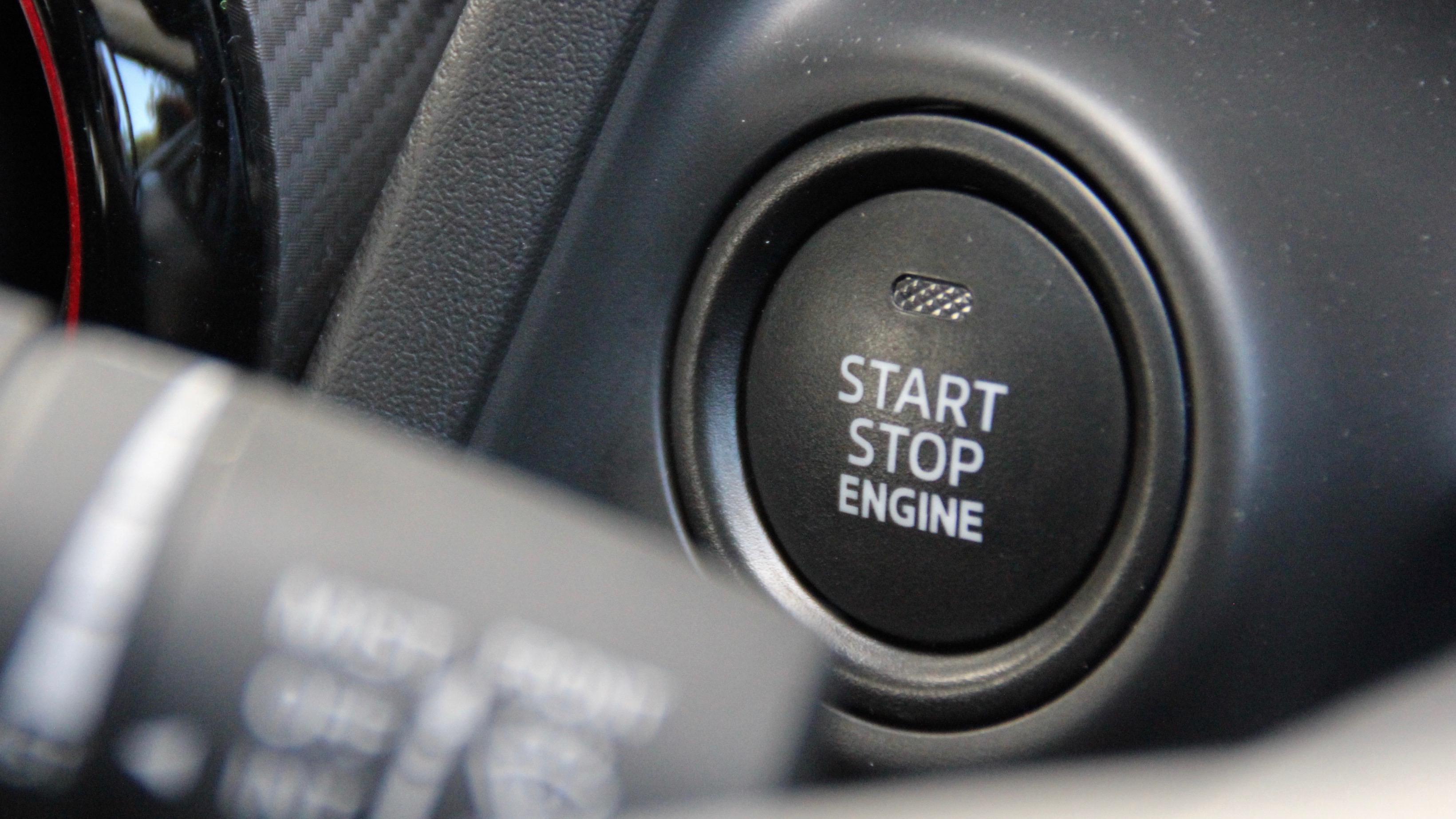 2018 Mazda CX-3 start button