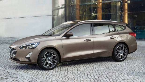 2019 Ford Focus wagon side 3/4