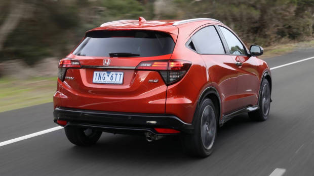 2019 Honda HR-V RS rear 3/4