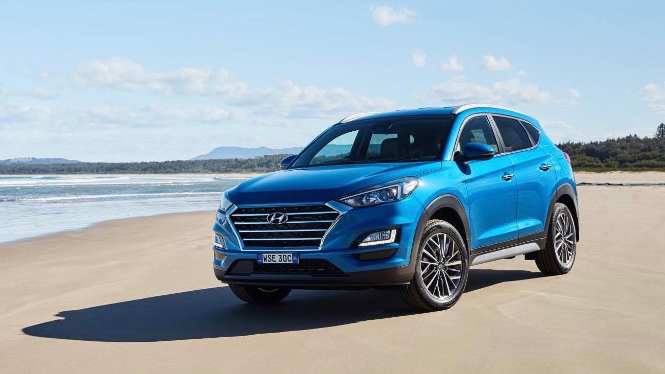 2019 Hyundai Tucson Elite blue front 3/4 static