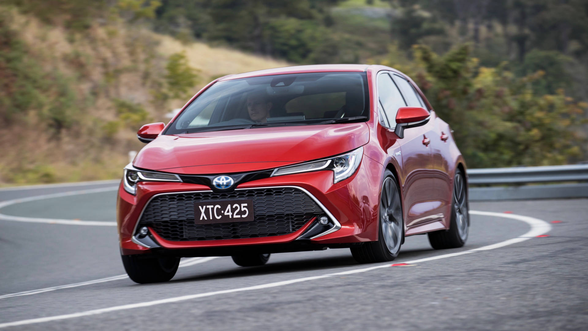 2019 Toyota Corolla ZR hybrid front 3/4 driving