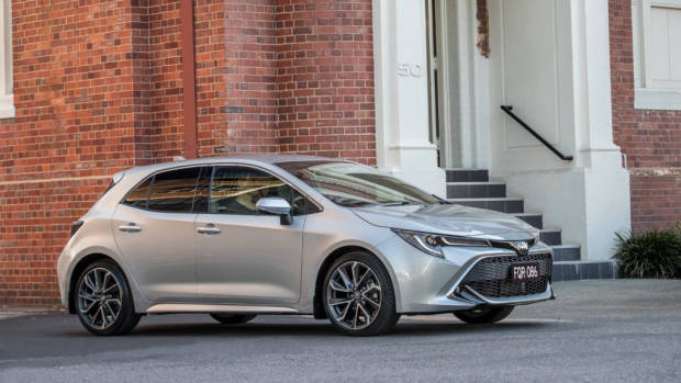 2019 Toyota Corolla ZR silver front side