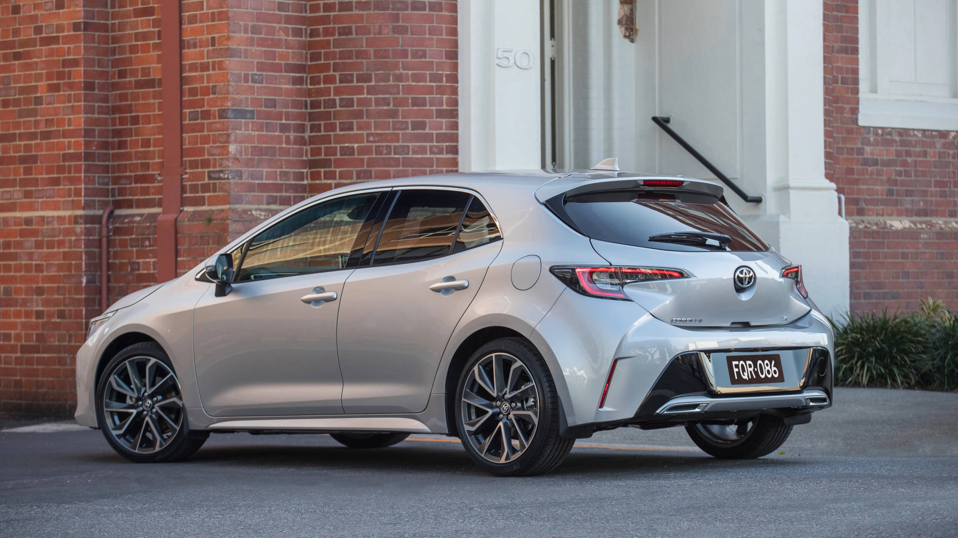 2019 Toyota Corolla ZR silver rear side