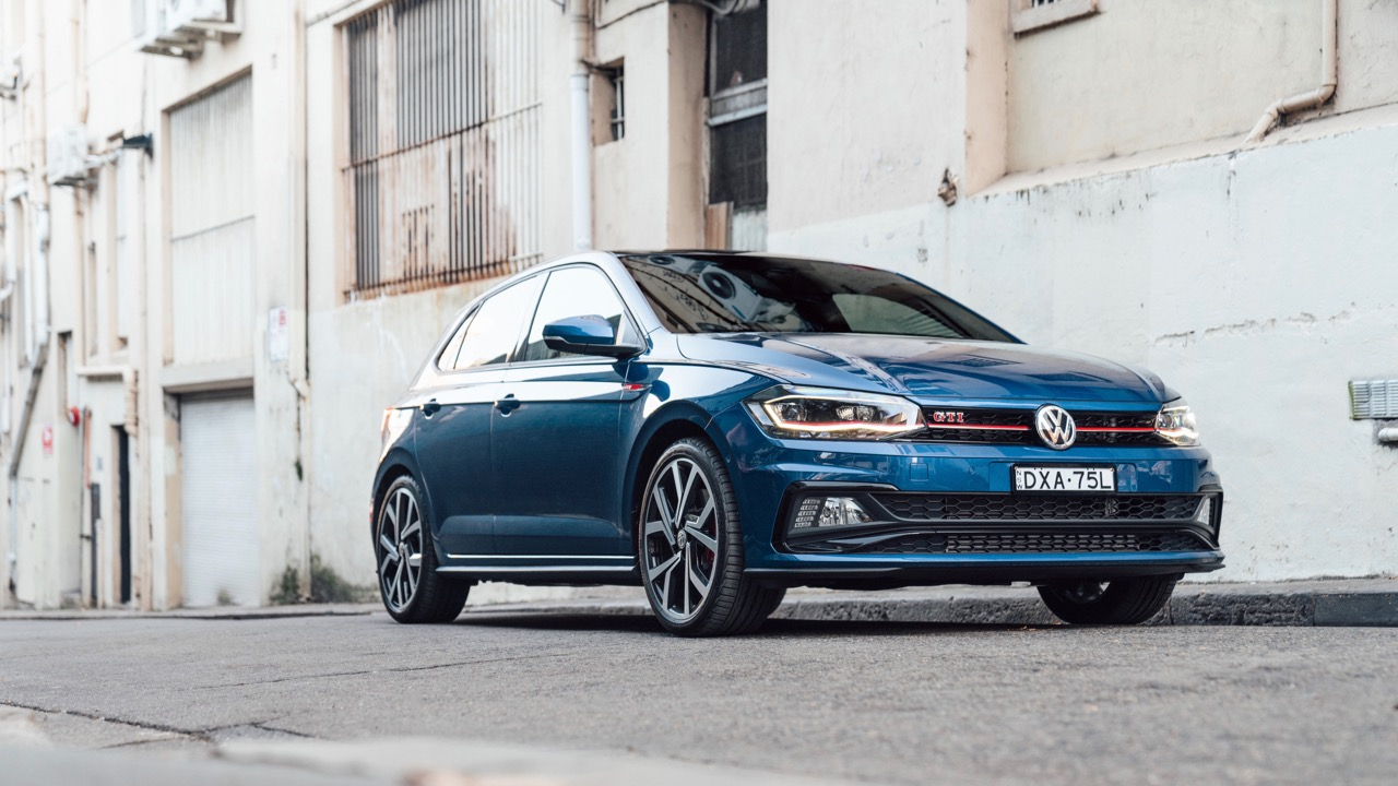 2019 Volkswagen Polo GTI Reef Blue front end
