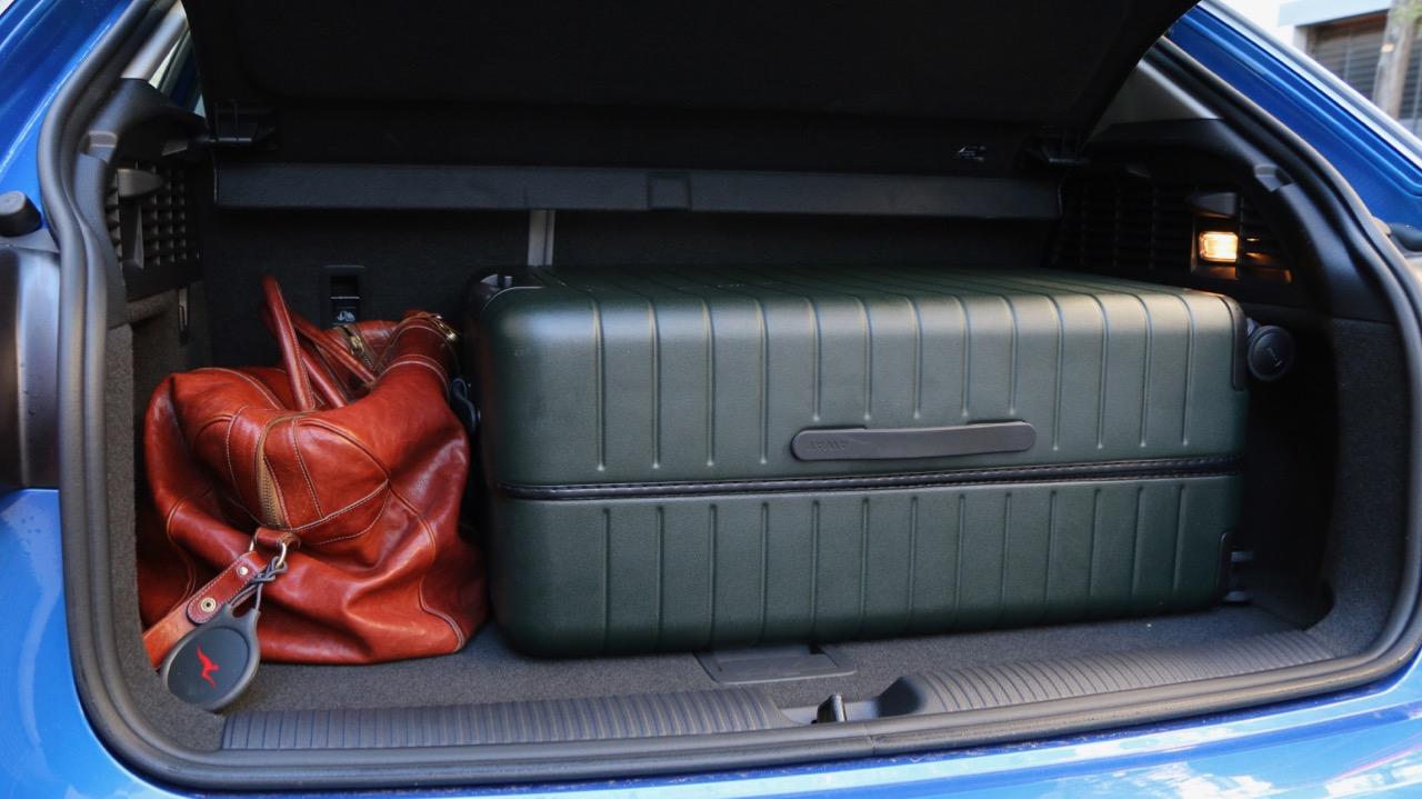Audi Q2 boot space suitcase