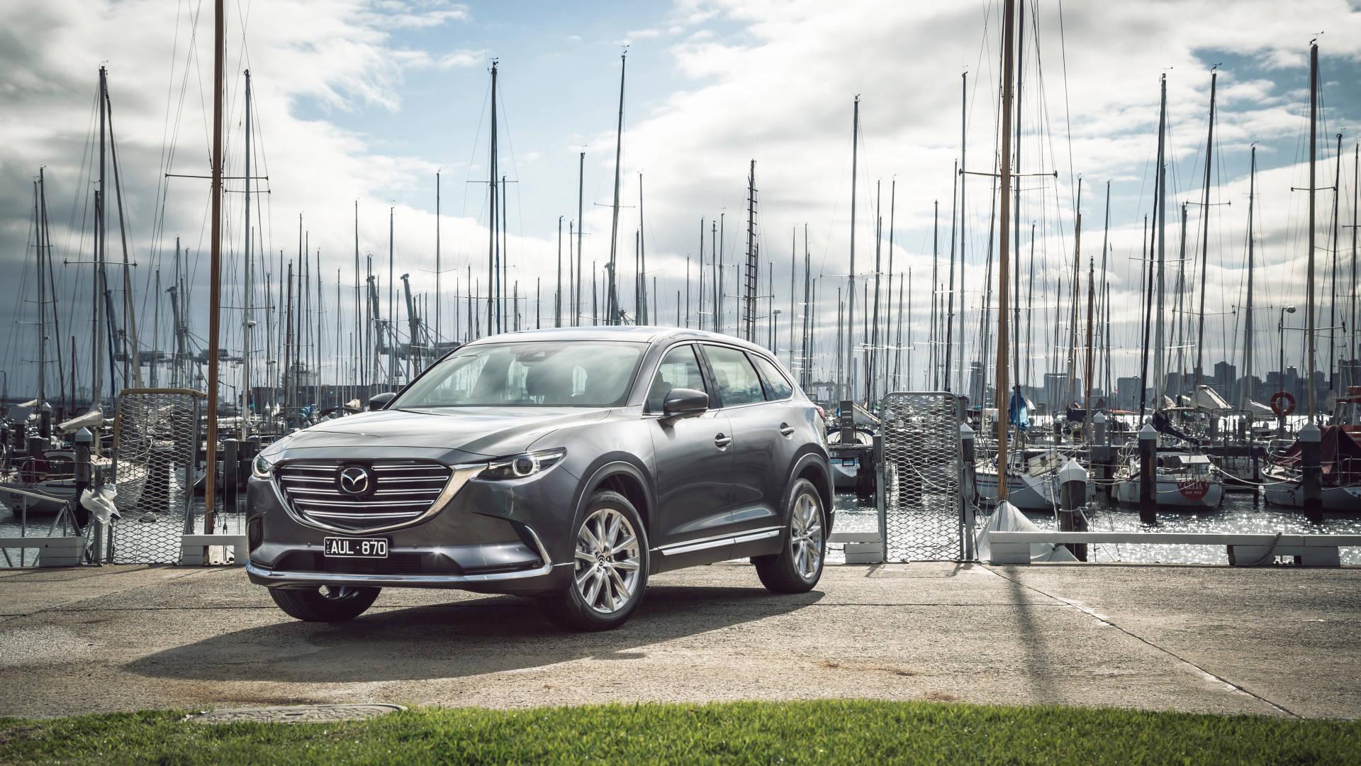 2019 Mazda CX-9 Azami LE Machine Grey front 3/4 close