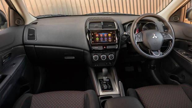 2019 Mitsubishi ASX ES dashboard
