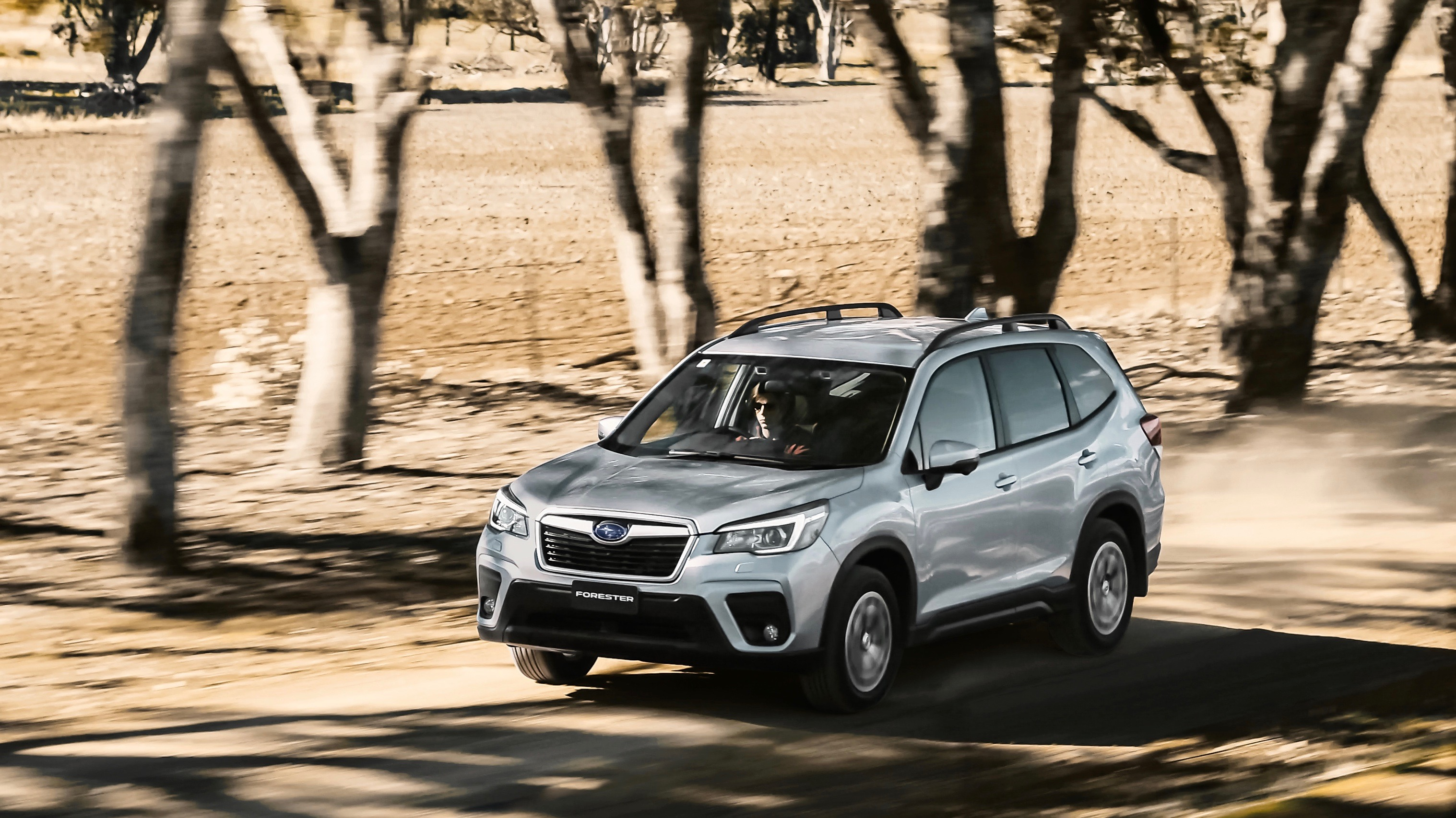2019 Subaru Forester 2.5i-L silver moving front