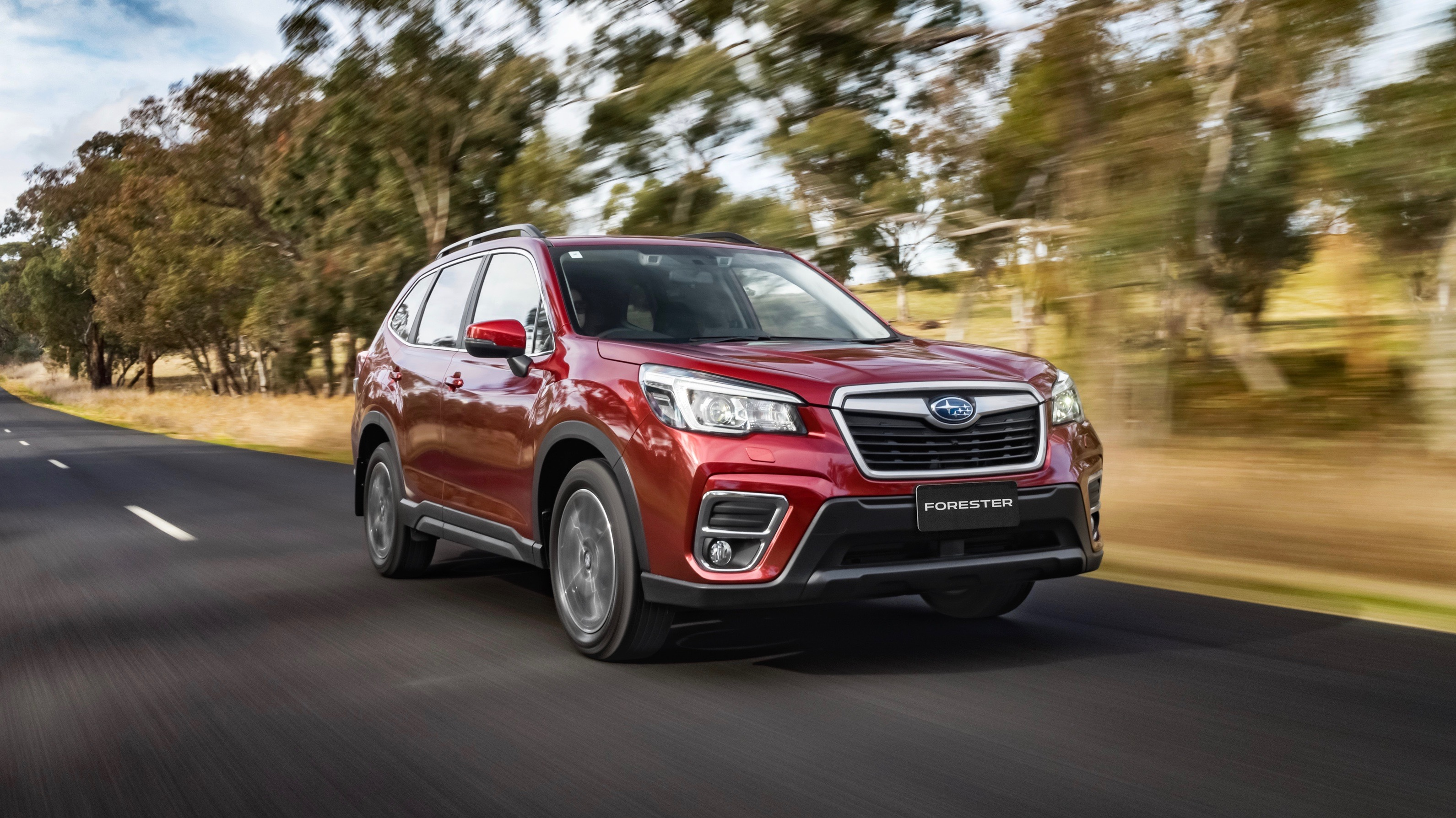 2019 Subaru Forester 2.5i-Premium red front 3/4 moving