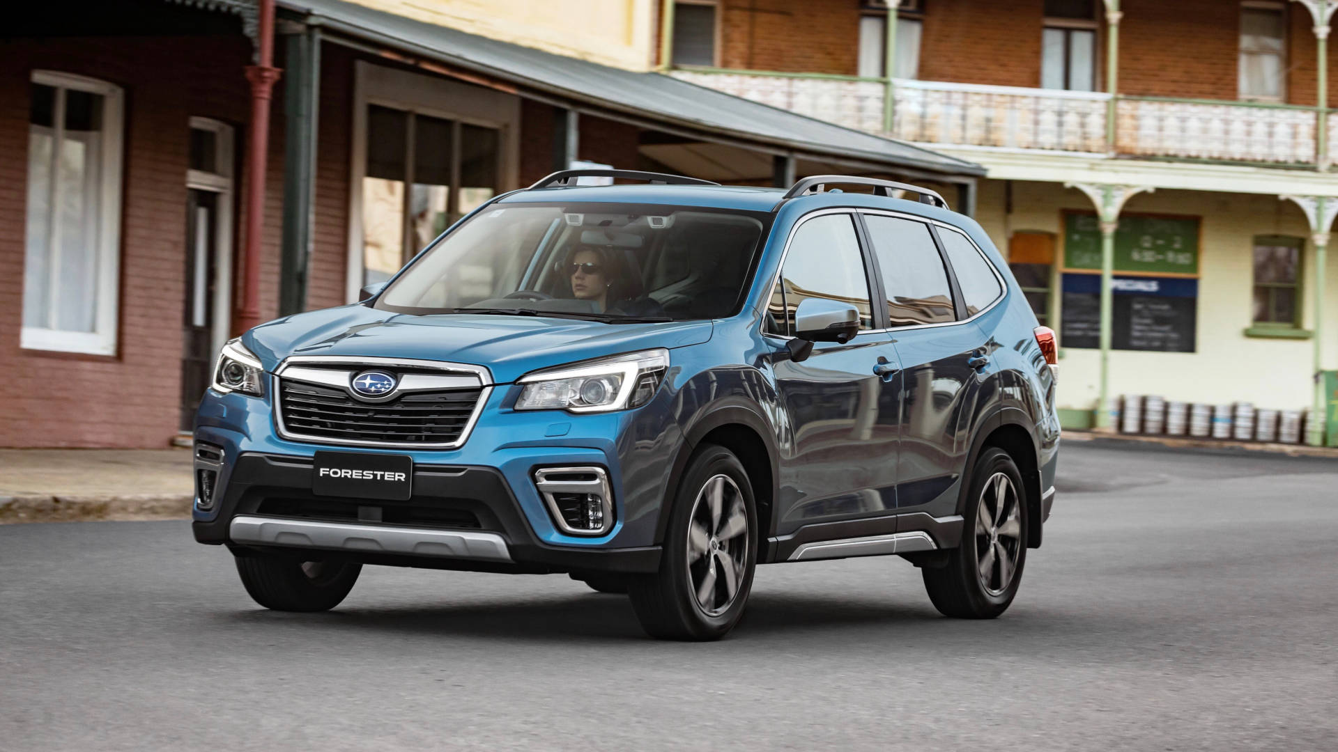 2019 Subaru Forester 2.5i-S blue front moving