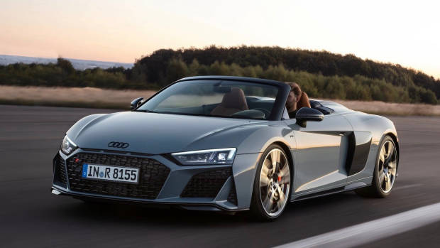 2019 Audi R8 roadster front