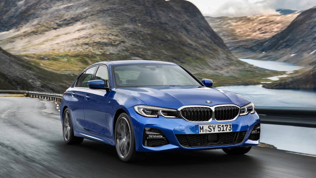 2019 BMW 3 Series blue front 3/4
