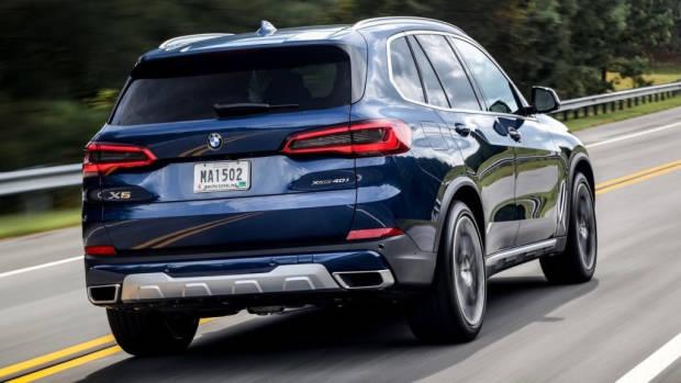2019 BMW X5 xDrive40i blue rear 3/4