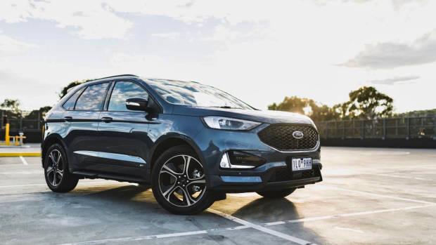 2019 Ford Endura ST-Line blue front 3/4