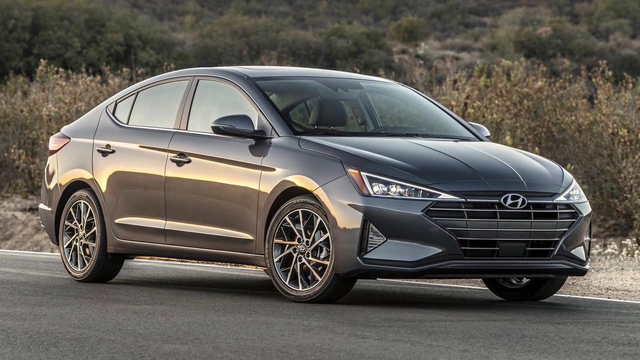 2019 Hyundai Elantra front 3/4
