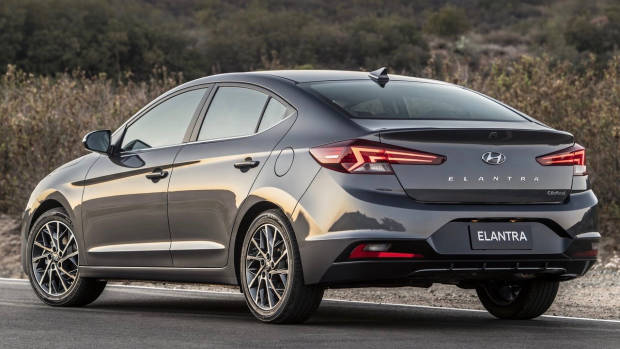 2019 Hyundai Elantra rear 3/4