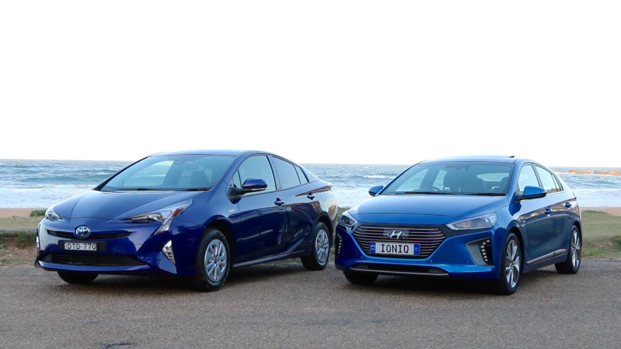 2019 Hyundai Ioniq vs Toyota Prius Fronts