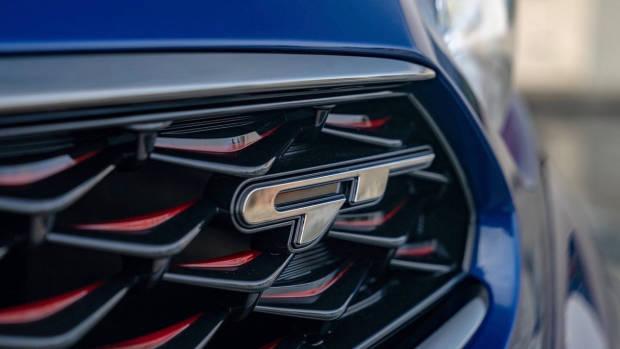 2019 Kia Cerato GT US grille
