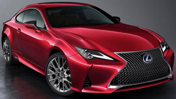 2019 Lexus RC red front 3/4