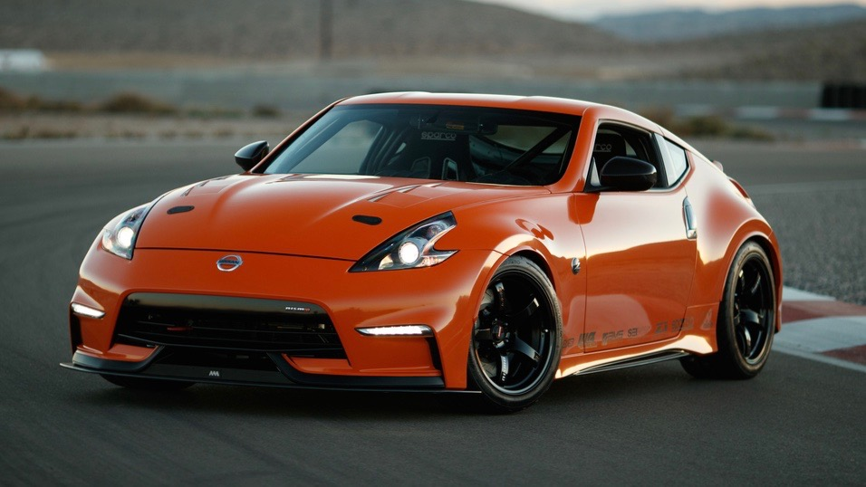 2019 Nissan 370Z Project Clubsport 23 front 3/4