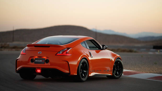 2019 Nissan 370Z Project Clubsport 23 rear 3/4 close