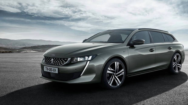 2019 Peugeot 508 Touring bronze front 3/4