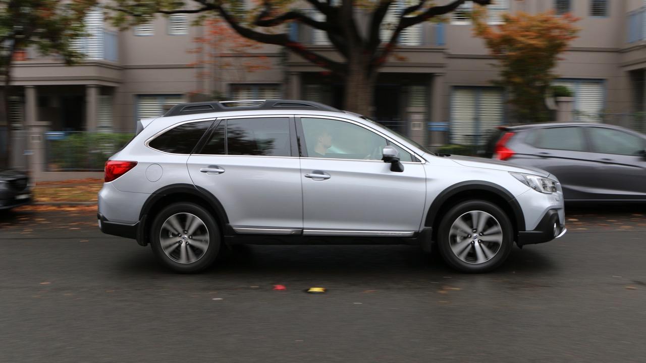 2019 Subaru Outback 3.6R silver driving