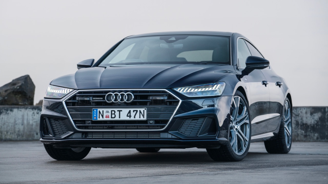2019 Audi A7 Firmament Blue review