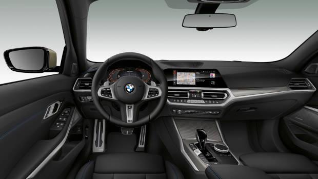 2019 BMW M340i dashboard