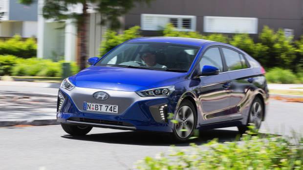 2019 Hyundai Ioniq Premium Electric blue front 3/4 driving