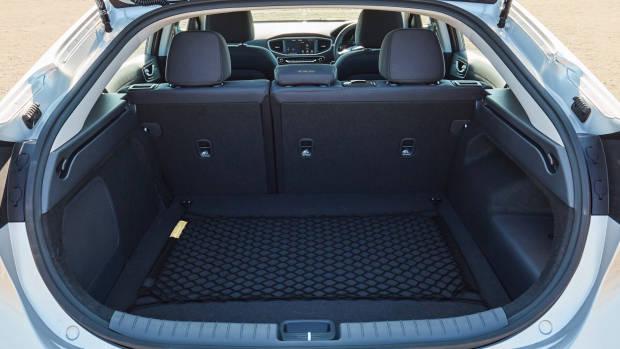 2019 Hyundai Ioniq plug-in bootspace