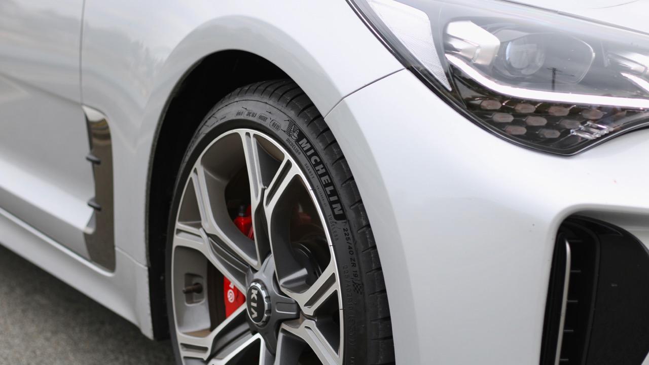 2019 Kia Stinger GT Michelin Pilot Sport 4 tyres